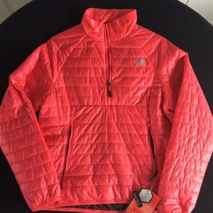 Women's North Face jacket NWT